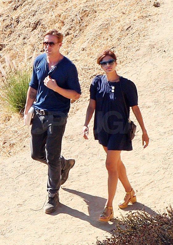 Ryan-Gosling-Eva-Mendes-matching-blue